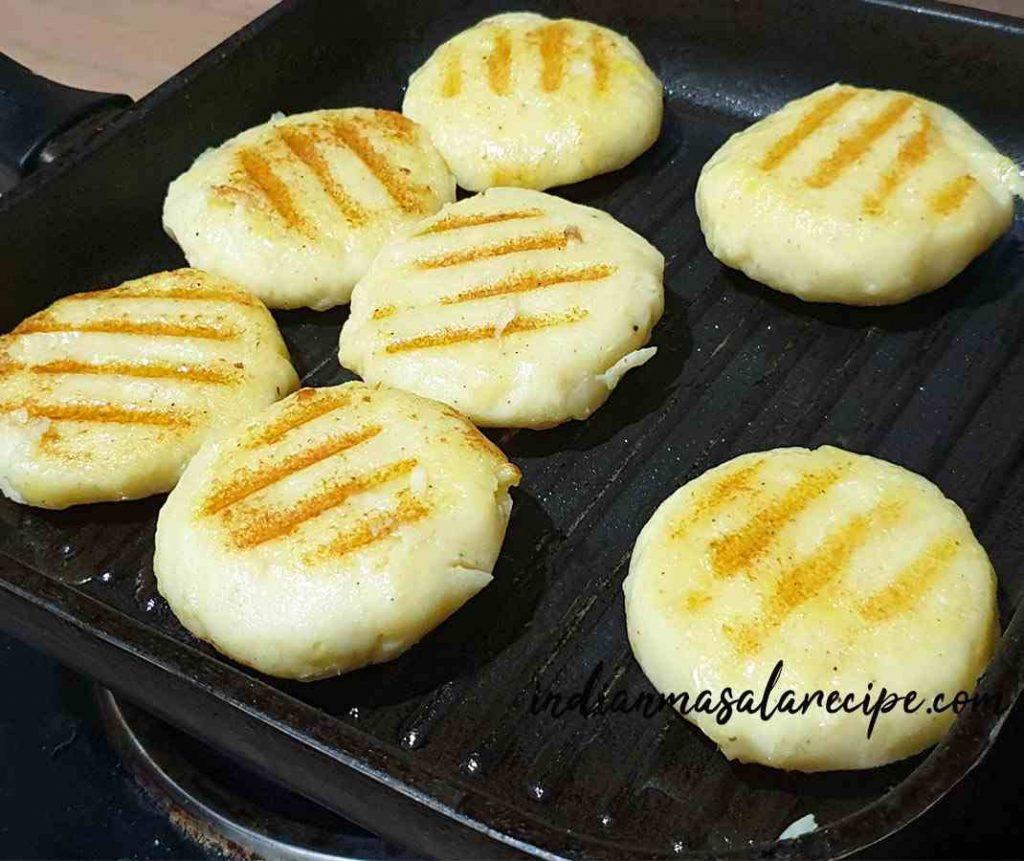 Aloo-patty-chaat-recipe