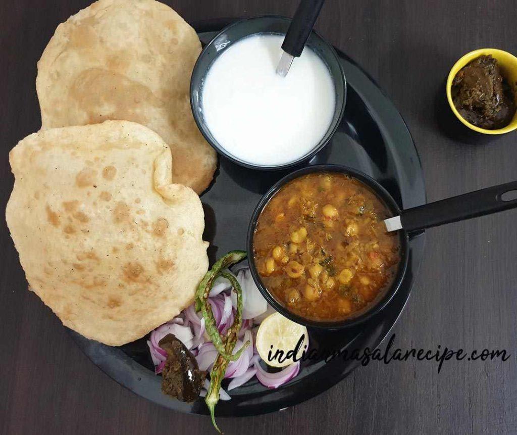 punjabi-style-chole-bhature