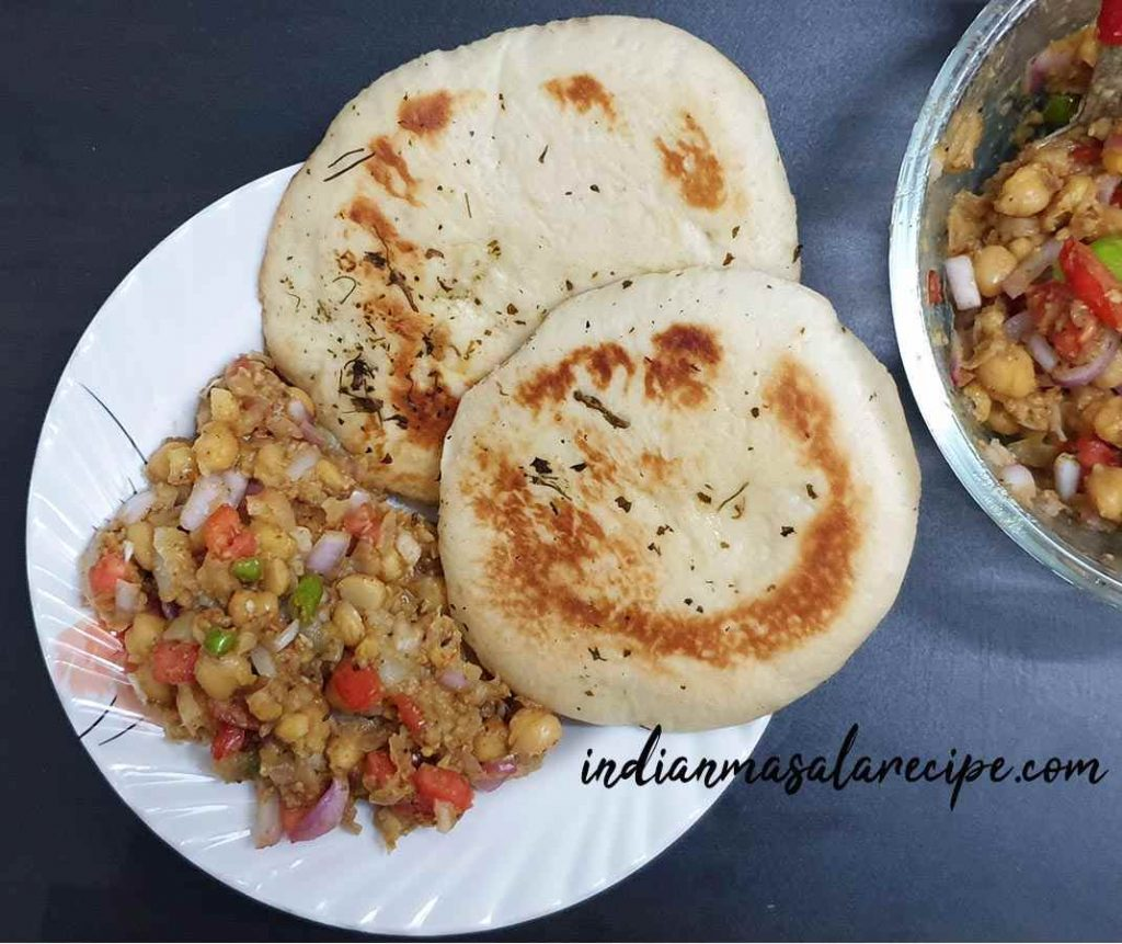 Delicious-matar-kulche-recipe