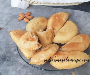 Mawa-gujia-recipe
